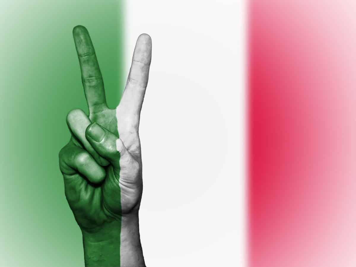 Come sarebbero l'Italia ed il resto del mondo senza violenza